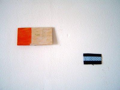 orange-schwarzblauweiß